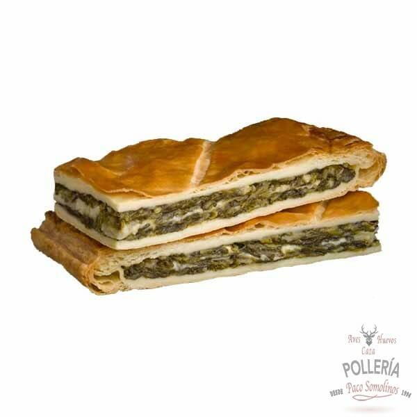 empanada de espinacas con queso manchego y piñones_polleria_somolinos