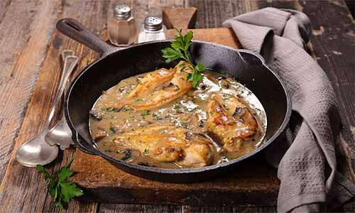pollo en salsa polleria somolinos